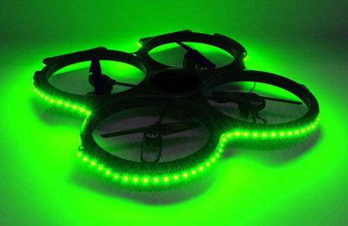 gr ne led beleuchtung f r udi 829a quadrocopter modellbau jasper. Black Bedroom Furniture Sets. Home Design Ideas